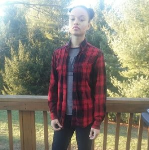 Tops - Men's black and red flannel