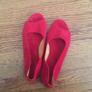 A.P.C. Madras red suede leather flats