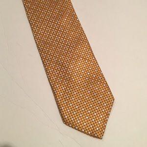 Robert Talbott gold geo pattern silk tie