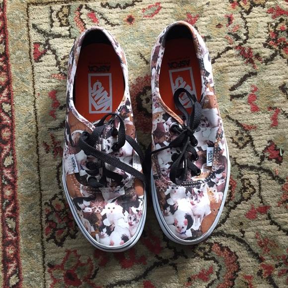 700bc64ef2e7ad Vans Shoes - Vans x ASPCA cat print lace up shoes
