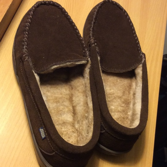 4a2076b0aade Bass Other - Bass men s Leather Slippers size10 M
