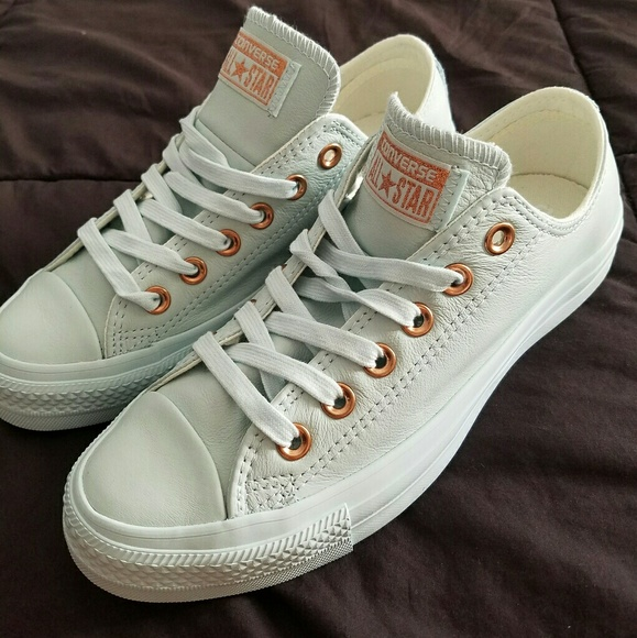 converse converse holiday nudes powder blue rose gold from lorena 39 s closet on poshmark. Black Bedroom Furniture Sets. Home Design Ideas