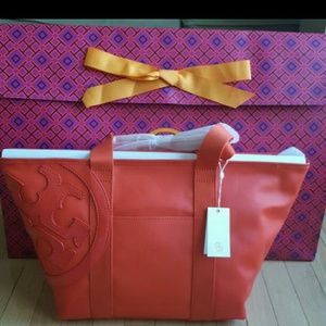 Tory Burch Handbags - 🍑NWT! Tory Burch ORANGE Tote 🍊