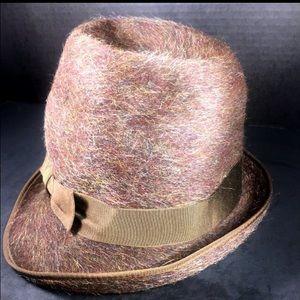 FLECHET Hat in Warm Brown with Fuzzy Finish