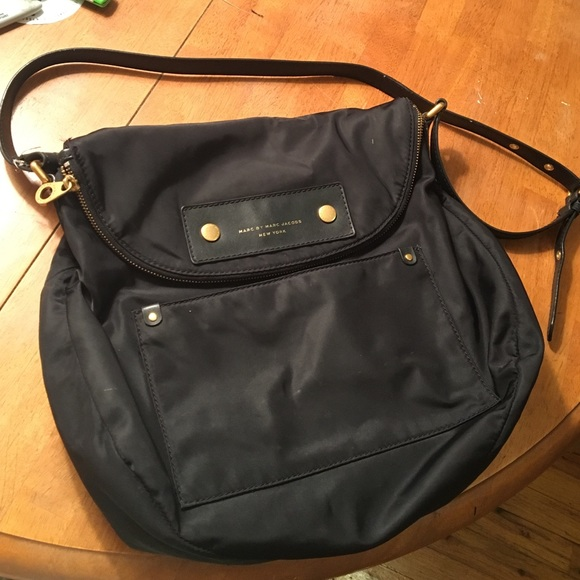 37e257649364 Marc Jacobs Preppy Nylon Natasha Crossbody. M 5859e7642599fe31dd00563e
