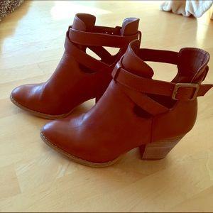 Reba Shoes - Reba KC Buckled Shooties Boots Ankle Saddle Tan