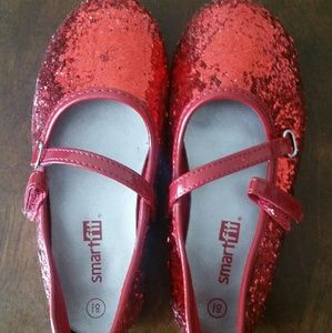 Other - Girl's red shoes