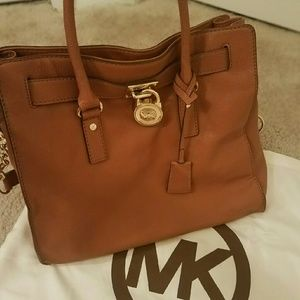 Authentic Michael Kors Large Hamilton Satchel