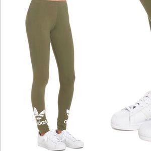 Olive Trefoil LeggingslNwt Olive Trefoil Trefoil LeggingslNwt Adidas Adidas Adidas Olive LeggingslNwt Adidas 6Ygyb7f