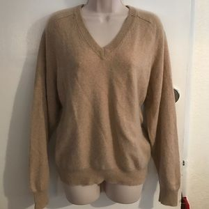 alexander julian Sweaters - 🌻SALE🌻 💯% Cashmere Tan v neck Sweater