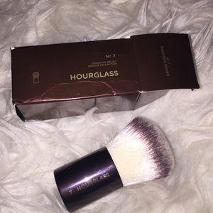 Hourglass finishing Brush 7 retail $65
