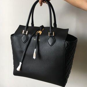 Michael Kors Handbags - Womens MICHAEL KORS MIRANDA QUILTEDSIDE TOTE BLACK