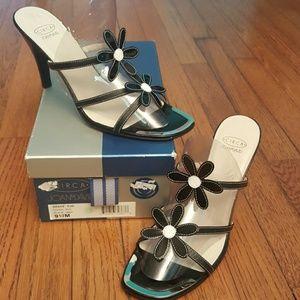 Joan & David Shoes - Final markdown....Circa Joan&David leather sandal