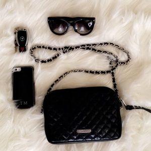Rebecca Minkoff Handbags - ⚡️FLASH SALE⚡️♠️Rebecca Minkoff Crossbody bag ♠️