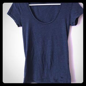 VS PINK- T-shirt