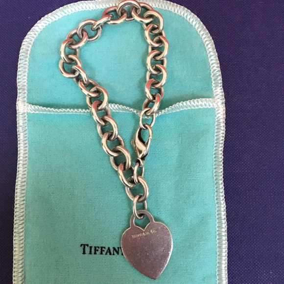 Tiffany & Co. Jewelry - 🔴Authentic Tiffany & Co Heart Bracelet 🔴