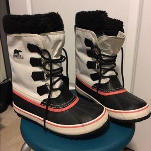 Sorel Betty Boots 7.5