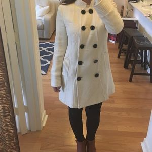 Mac & Jac Cream Coat with Oversized Black Buttons
