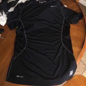 Nike Other - NWOT Men's Nike dri-fit tee