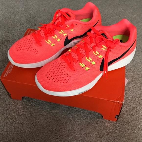 promo code 5cc35 bbcfd NEW Women s Nike Lunartempo 2 Running Shoe
