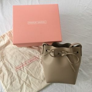 Mansur Gavriel Calf Mini Bucket Bag - SAND / Tan