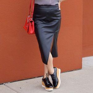 Shoes - Black patent platform Oxford shoe size 38