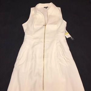 NWT XOXO White Zip Up Collared Dress