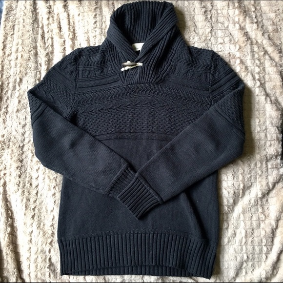 H&M - H&M navy blue men's cowl neck L.O.G.G. Sweater from Erin's ...