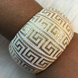 D.Green Designs Jewelry - Bangle