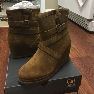Caterpillar Shoes - Flash Sale! New Caterpillar Wedge Boots