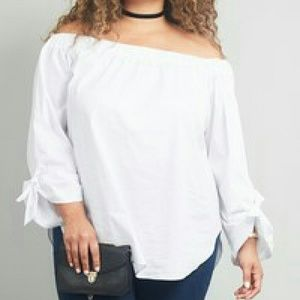 Tops - White Off the shoulder knotted blouse