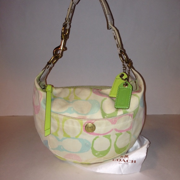 Coach Handbags - Authentic Coach Scribble Hobo   Dust Bag 132 🎀 739458b199bfd