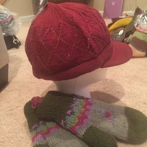 438427a97da78 MixIt by JCPenney s Accessories - NWT Newsboy Knit Cap by Mixit (JCPenney s)