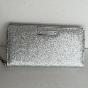 NEW Kate Spade Silver Glitter Neda Wallet