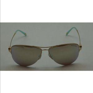 Tiffany & Co. Accessories - Tiffany & Co. Aviators Sunglasses 😎