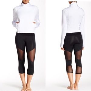 Electric Yoga Pants - Electric Yoga Black Mesh Capri Large