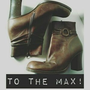 ToTheMax! Shoes - To The Max! Brown Ankle Boots