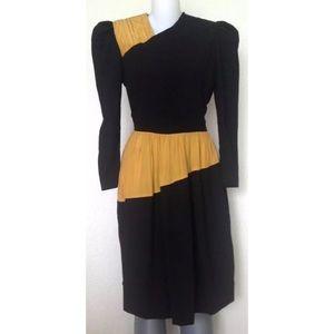 Carolina Herrera Dresses & Skirts - >Carolina Herrera< Vintage Marigold Silk Dress