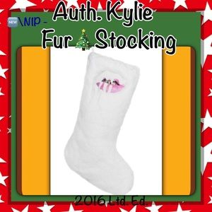 🦋SALE 🆕Auth.🎄Fur Xmas Stocking by KYLIE