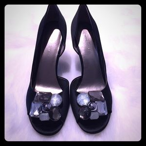 Nine West Shoes - 🆕 Nine West Jeweled Satin D'orsay Pump