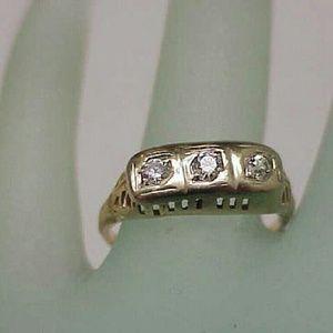 Jewelry - 14k 2-tone gold 3 stone diamonds filigree ring