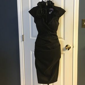Xscape Dresses & Skirts - Beautiful black ruched dress