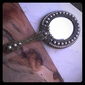 Accessories - Boutique hand mirror