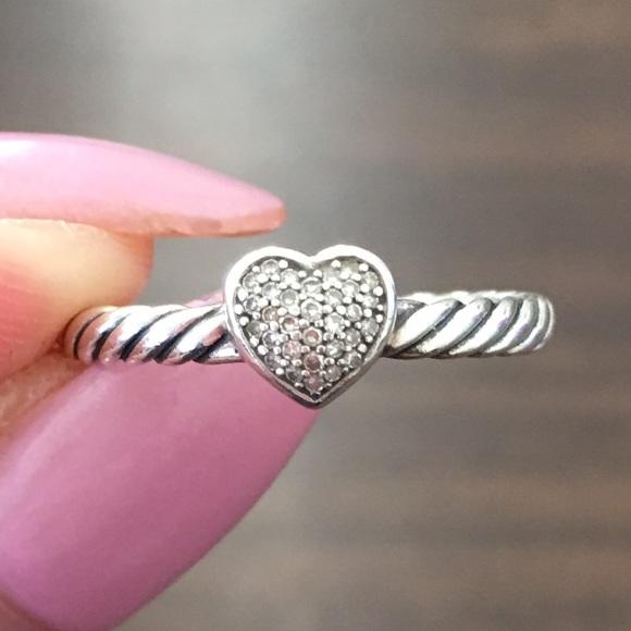 804e72549bdf08 David Yurman Jewelry - ✨David Yurman Cable Heart Ring with Diamonds✨