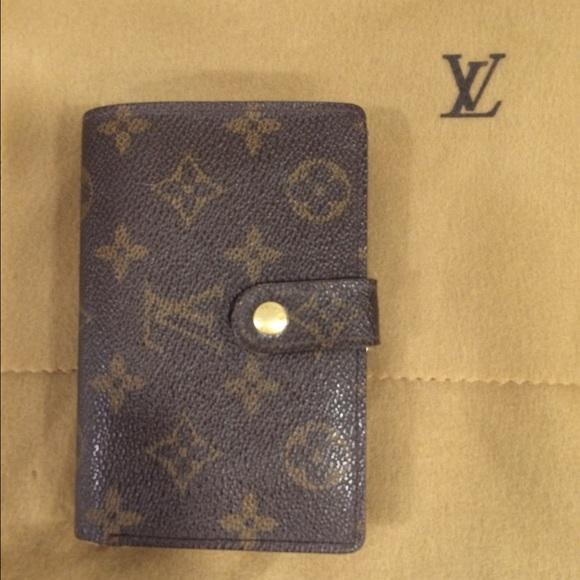 36111a8561e0 Louis Vuitton Handbags - Authentic Louis Vuitton French wallet