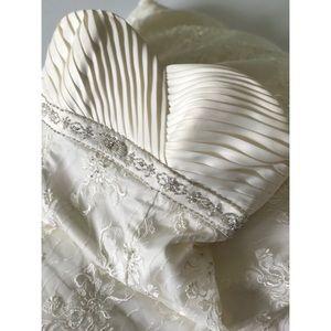 David's Bridal Dresses & Skirts - David's Bridal Wedding Gown 💍👰