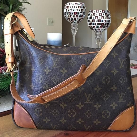 c72bb8b9c533 Louis Vuitton Handbags - AUTHENTIC LOUIS VUITTON BOULOGNE 30