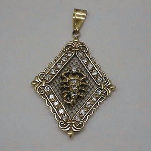 Other - Estate 10k gold 10ct cz scorpion pendant charm