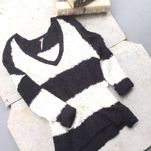 Free People black&ivory striped oversized sweater