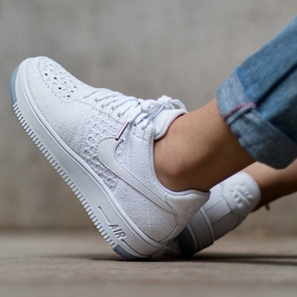 d79b76a7ac831c NIKE AIR FORCE 1 FLYKNIT LOW shoes
